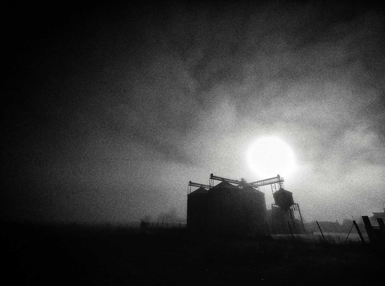 travel photography fog