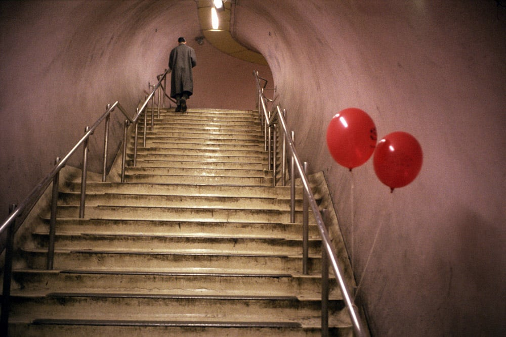 Underground: street photography, street art and cinema